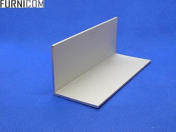 Уголок алюминиевый 40х40х2 / AS