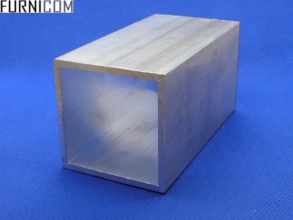 Труба алюминиевая квадратная 50х50х3 / б.п.